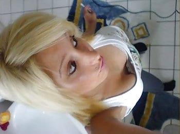 tabulose Blondine will gefickt werden