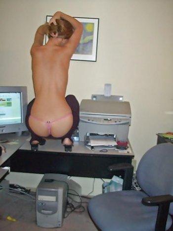 Ich bin Sekretärin und suche tabulose Männer die mich im Büro ficken wollen!